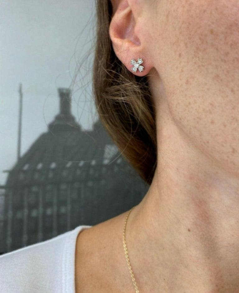 Contemporary Authentic Tiffany & Co. Floret Stud Earrings of Round Brilliant Diamonds For Sale