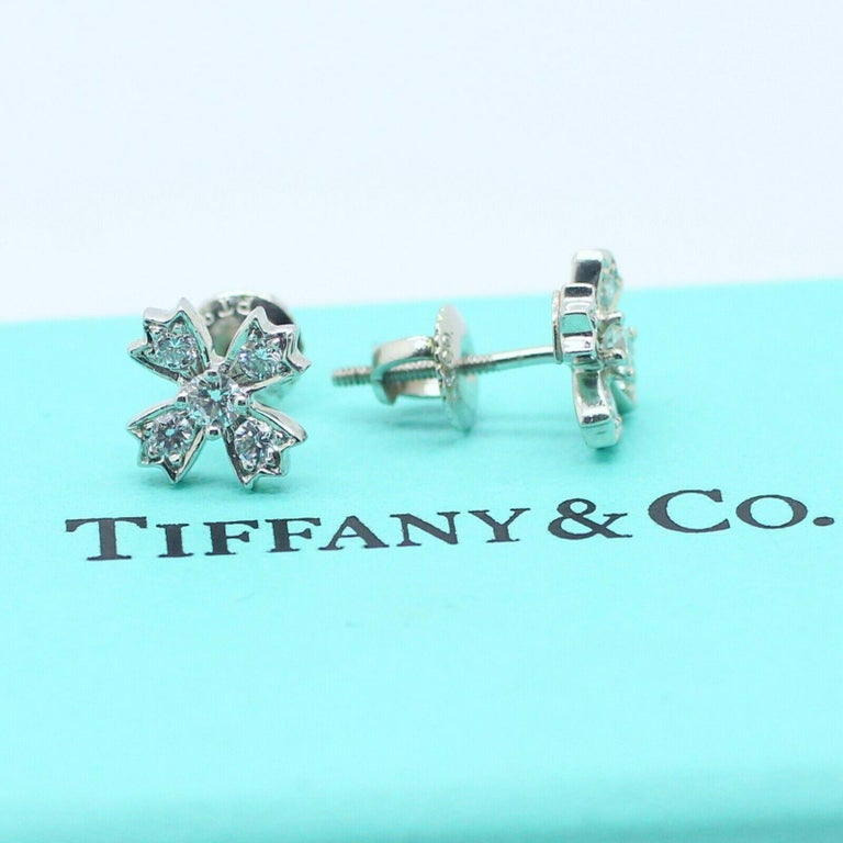 Round Cut Authentic Tiffany & Co. Floret Stud Earrings of Round Brilliant Diamonds For Sale