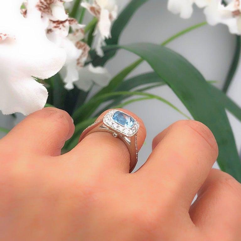 Authentic Tiffany & Co. Legacy 1.57 Carat Aquamarine Diamond Ring in Platinum For Sale 9
