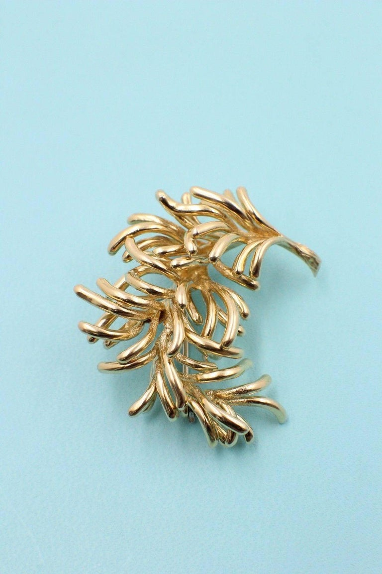 Tiffany & Co. Style: Pin / Brooch Metal: 18k Yellow Gold Hallmark: