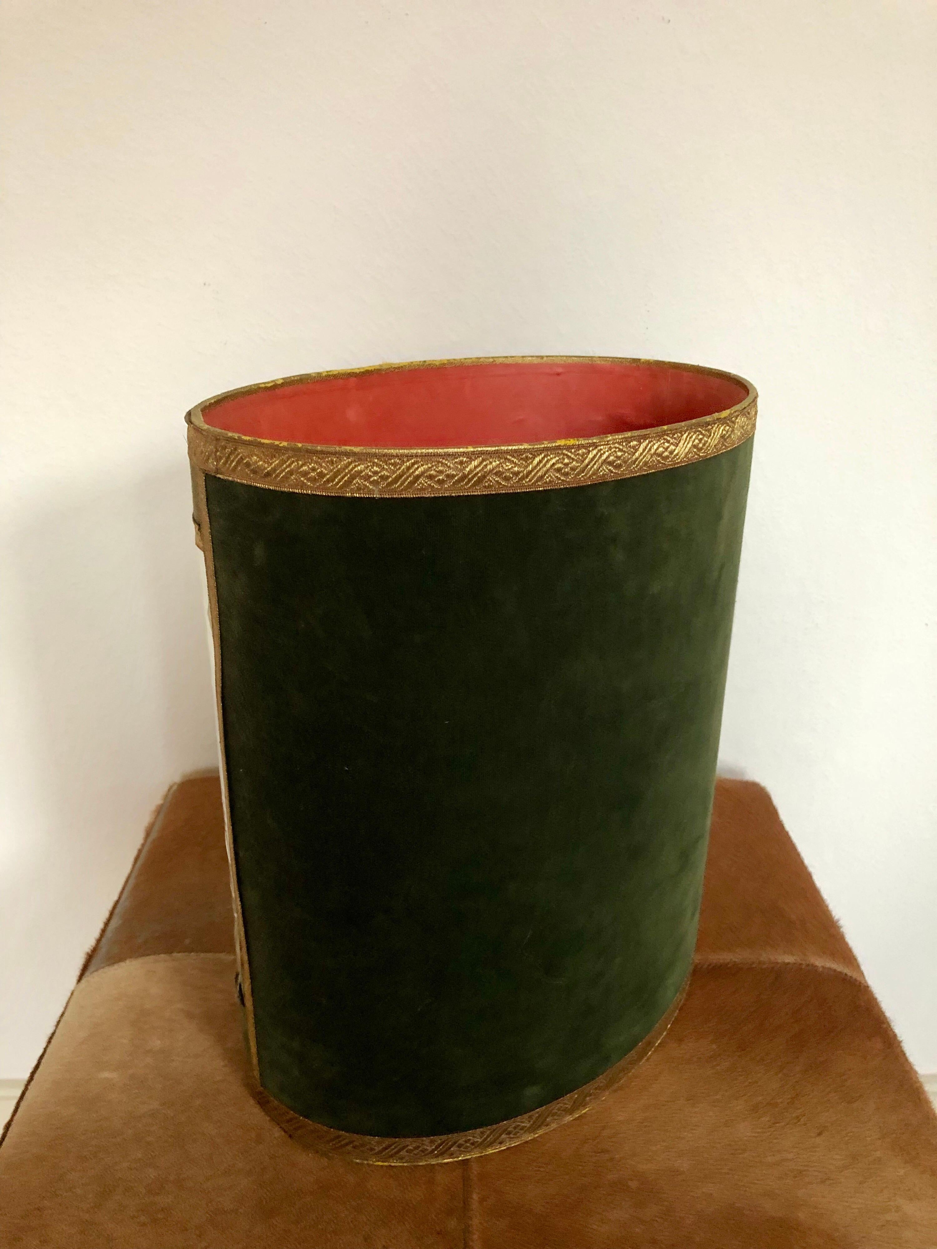 38e24002e43830 Authentic Waste Basket Paper Bin Hunting Scene, Made in France, Midcentury  For Sale at 1stdibs