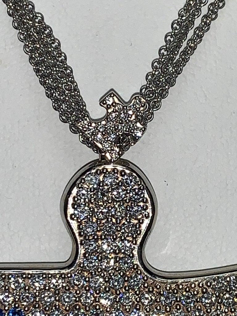 Round Cut Autism Speaks 8.0 Carat Diamond and Blue Sapphire Pendant Necklace For Sale