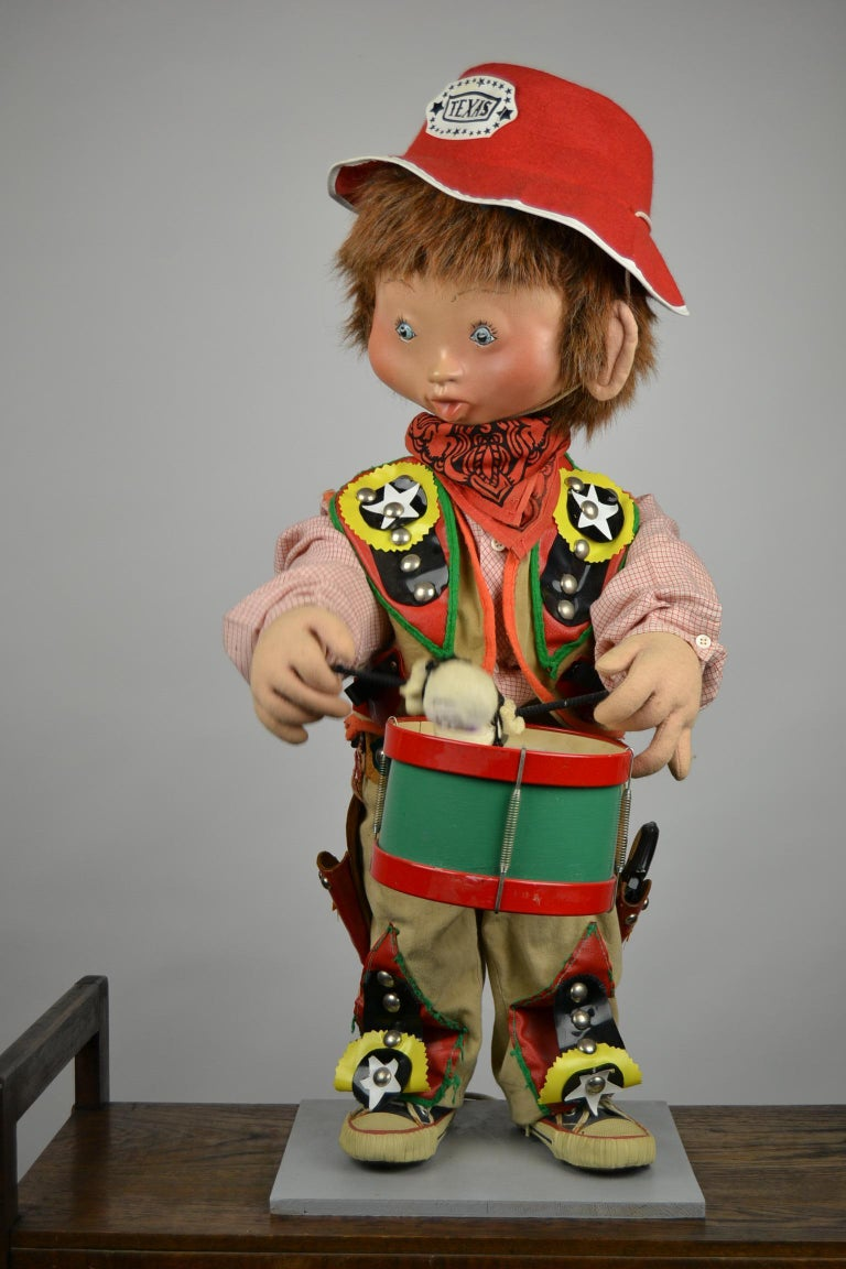 20th Century Automaton Texas Cowboy Doll Playing Drum, 1960s For Sale
