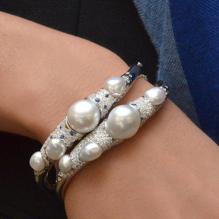 Modern Autore Baroque Pearl and 2.02 Carat Diamond Bangle Bracelet For Sale