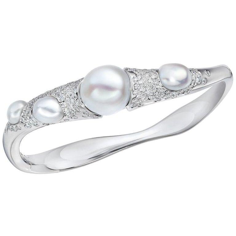 Autore Baroque Pearl and 2.02 Carat Diamond Bangle Bracelet For Sale