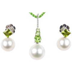 Autore White Gold, South Sea Pearl, Diamond, Peridot Pendant and Earrings Set