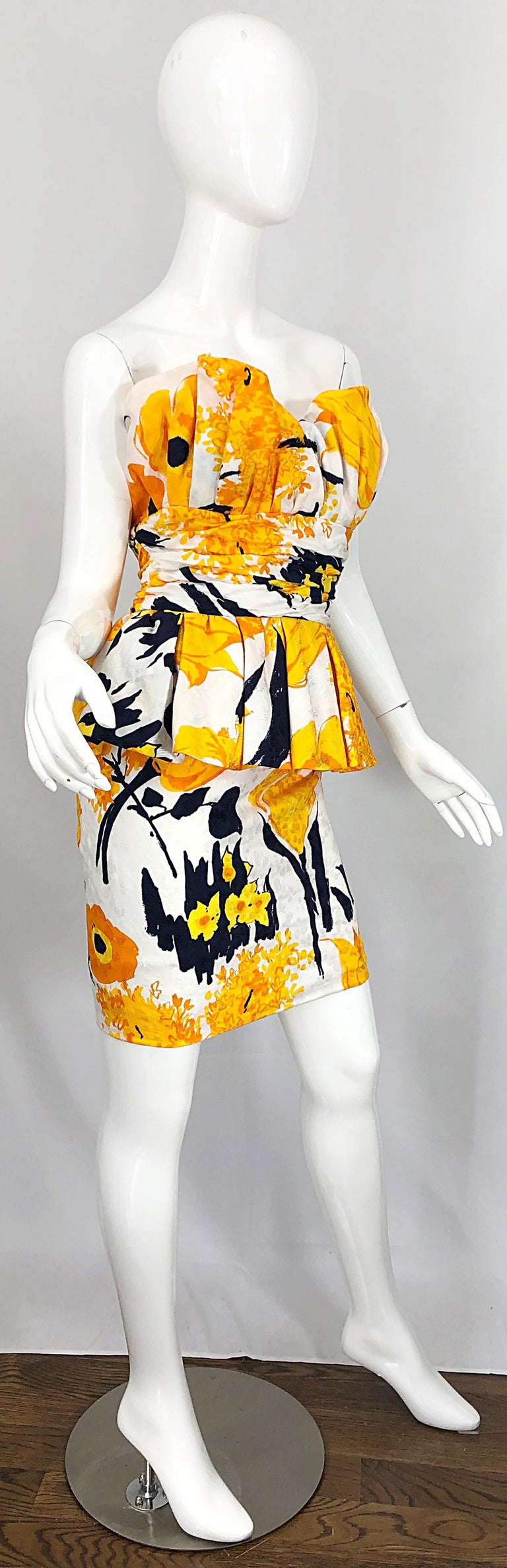 Avant Garde 1980s Amen Wardy Abstract Flower Print Vintage 80s Strapless Dress For Sale 6