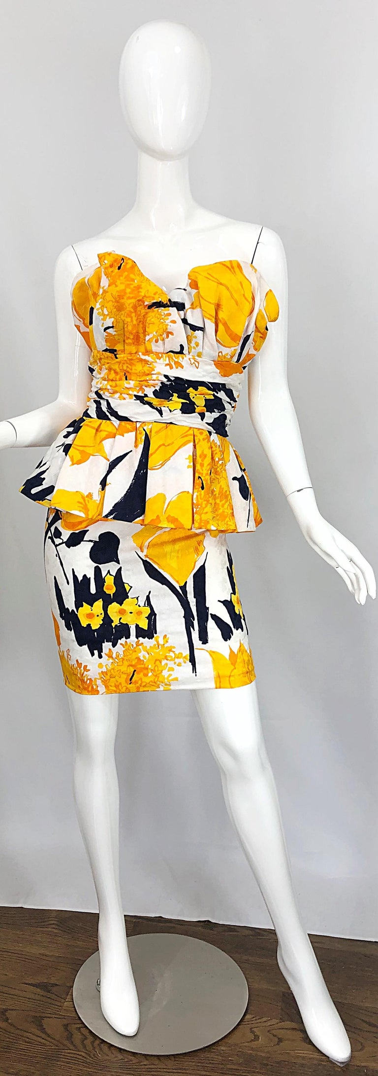 Avant Garde 1980s Amen Wardy Abstract Flower Print Vintage 80s Strapless Dress For Sale 10