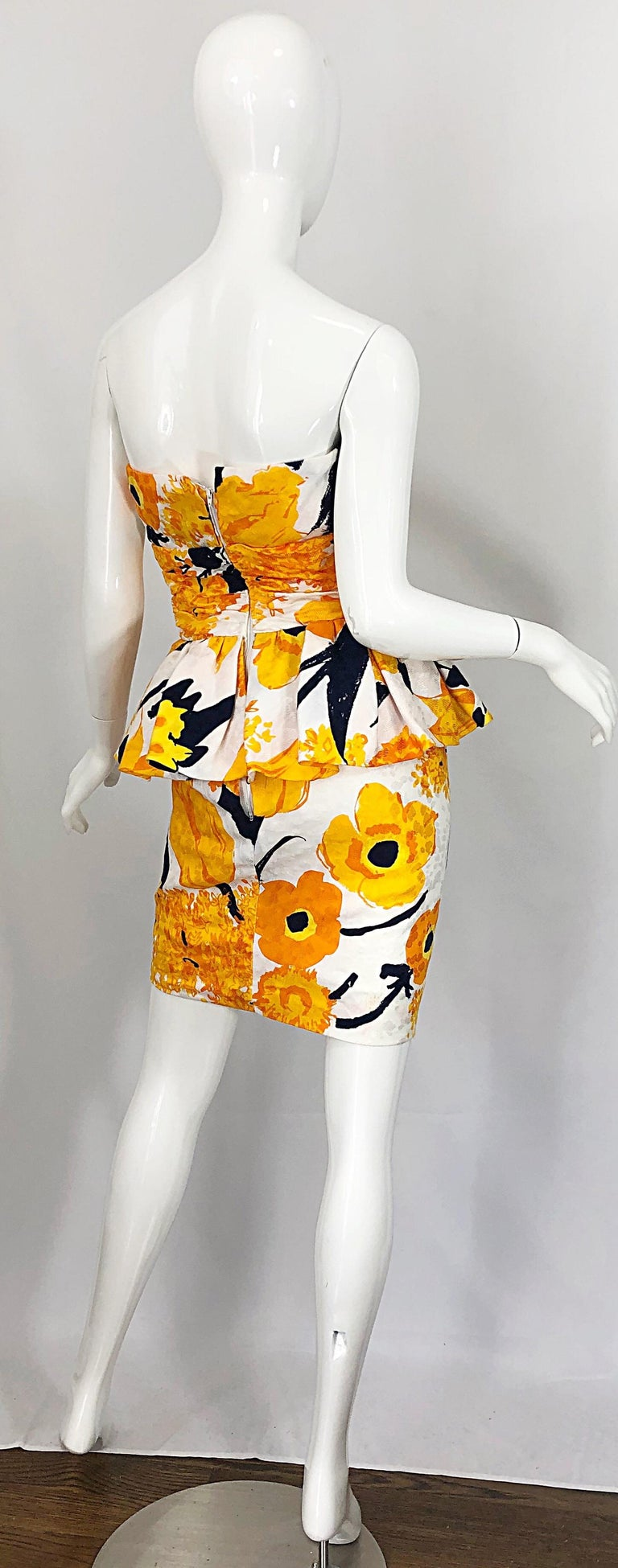 Avant Garde 1980s Amen Wardy Abstract Flower Print Vintage 80s Strapless Dress In Excellent Condition For Sale In Chicago, IL