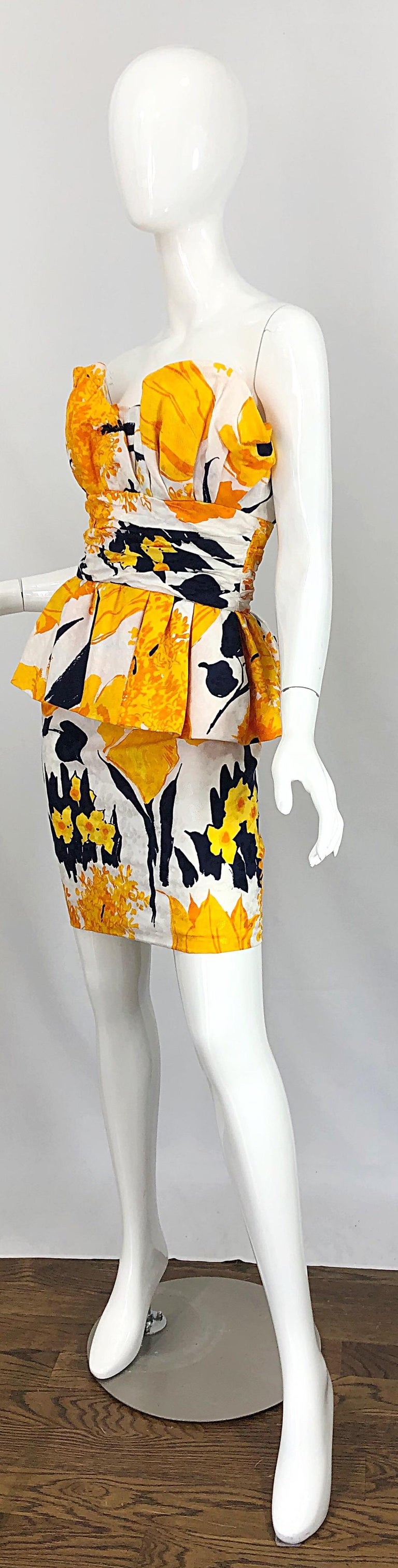 Avant Garde 1980s Amen Wardy Abstract Flower Print Vintage 80s Strapless Dress For Sale 1