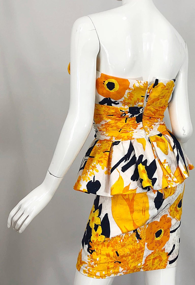 Avant Garde 1980s Amen Wardy Abstract Flower Print Vintage 80s Strapless Dress For Sale 3
