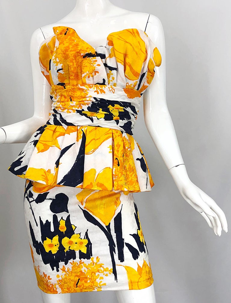 Avant Garde 1980s Amen Wardy Abstract Flower Print Vintage 80s Strapless Dress For Sale 4
