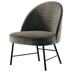 Avec Moi Armchair in Gray Fabric and Matte Black Metal Foot
