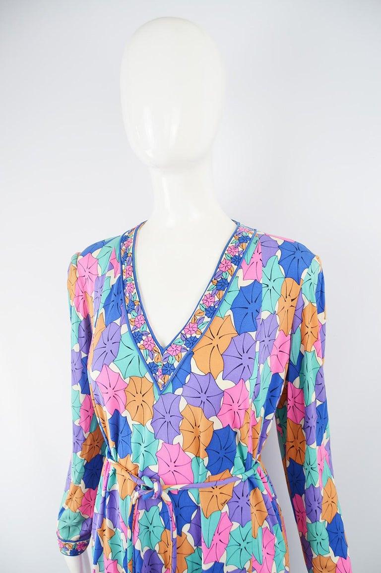 Women's Averardo Bessi 1980s Silk Jersey Vintage Umbrella Print Belted Shift Dress For Sale