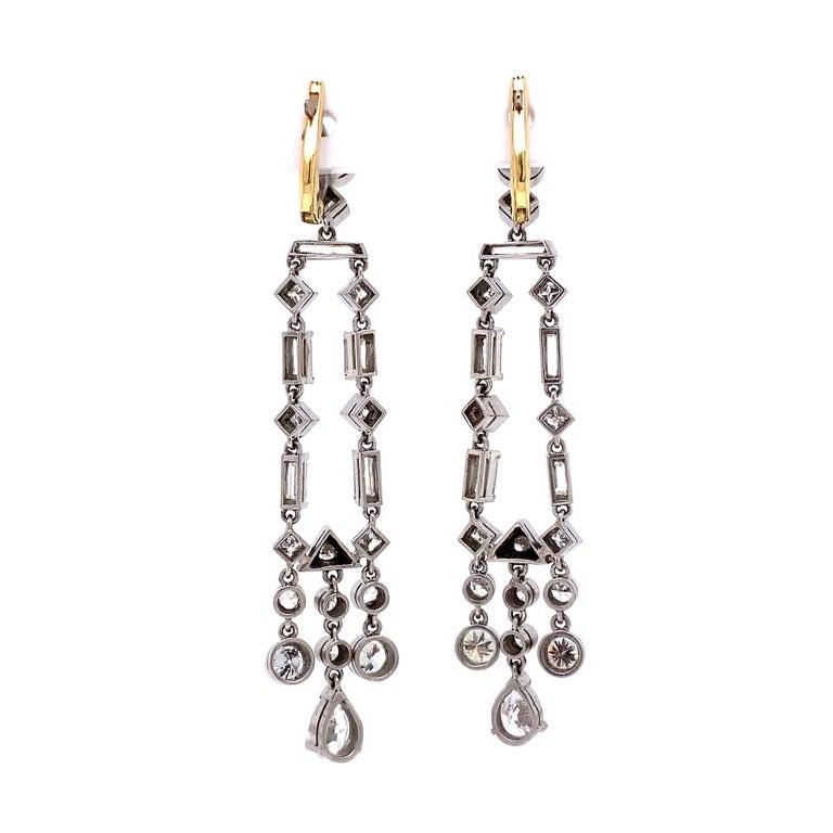 Modern Awesome Diamond Chandelier Platinum Drop Earrings Estate Fine Jewelry For Sale