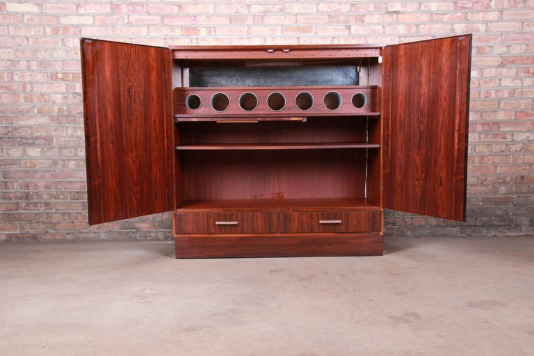 Axel Christiansen Odder Danish Modern Brazilian Rosewood Bar Cabinet, 1960s For Sale 1
