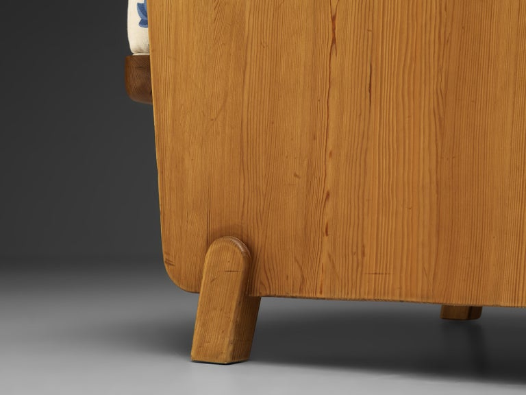 Axel Einar Hjorth 'Lovo' Chair in Pine For Sale 4