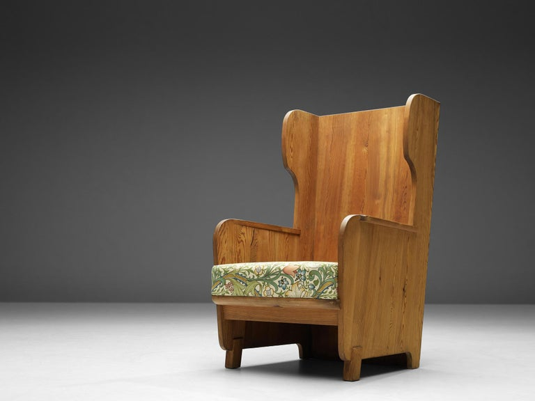 Scandinavian Modern Axel Einar Hjorth 'Lovo' Chair in Pine For Sale