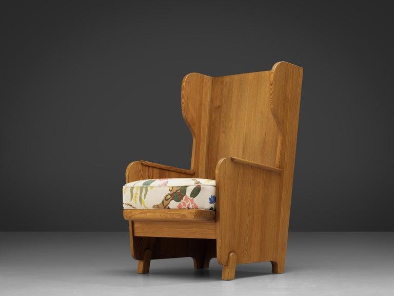 Swedish Axel Einar Hjorth 'Lovo' Chair in Pine For Sale