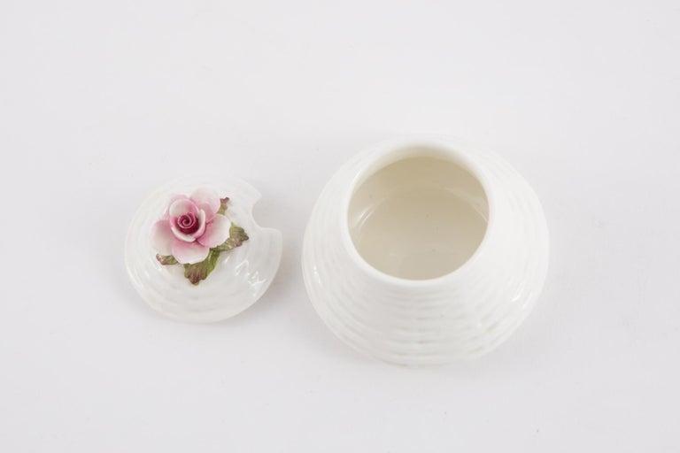 Aynsley Porcelain Pot In Excellent Condition For Sale In Paris, FR