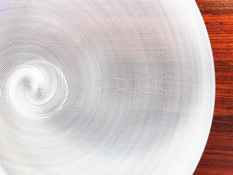 Azure, White & Clear Filigrana Murano Glass Centerpiece Venini Attributed, 1990 For Sale 1