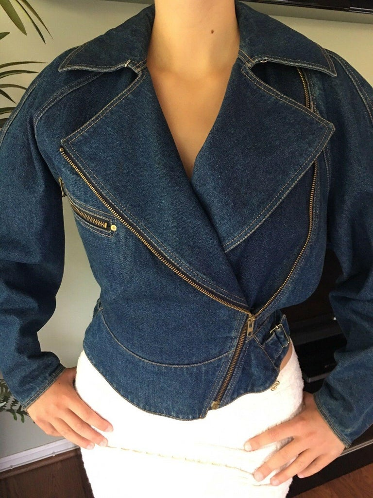 *Azzedine Alaia 1986 Vintage Denim Jacket Coat  In Good Condition For Sale In Totowa, NJ