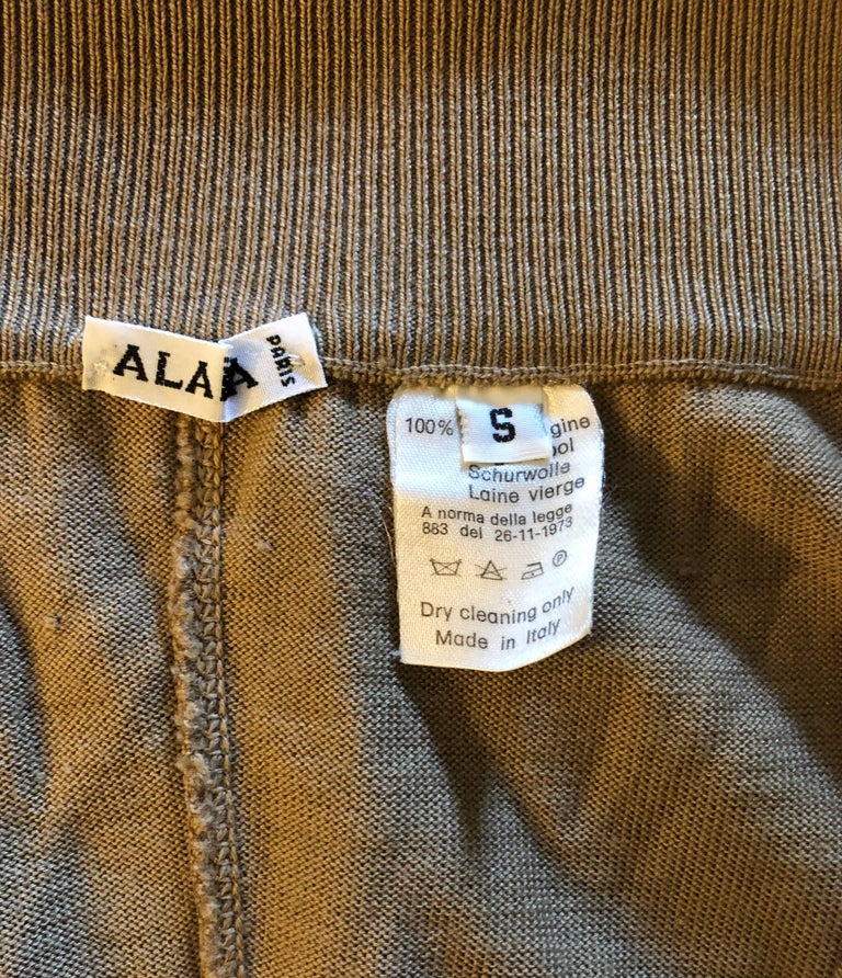 Azzedine Alaia 1990's Vintage Fitted Bodysuit Romper In Good Condition For Sale In Totowa, NJ