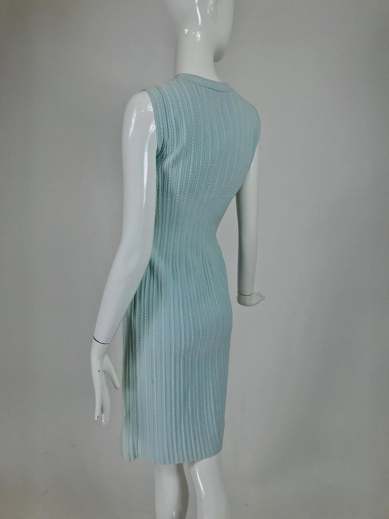 Azzedine Alaïa Blue and Cream Fitted Body Con Dress For Sale 2