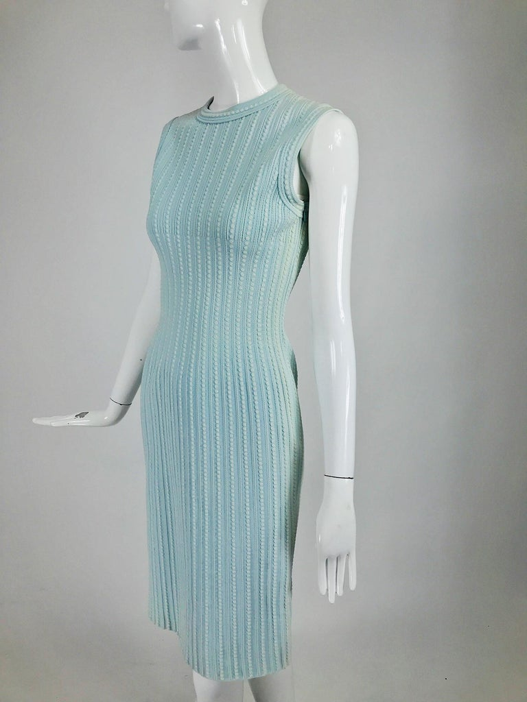 Azzedine Alaïa Blue and Cream Fitted Body Con Dress For Sale 4