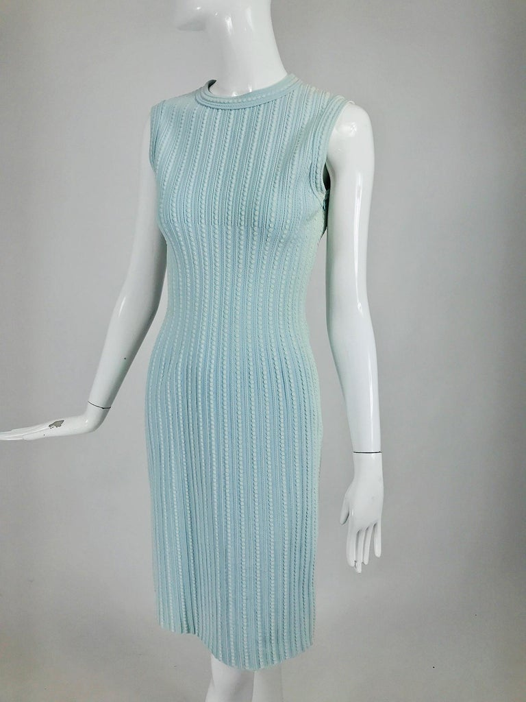 Azzedine Alaïa Blue and Cream Fitted Body Con Dress For Sale 5