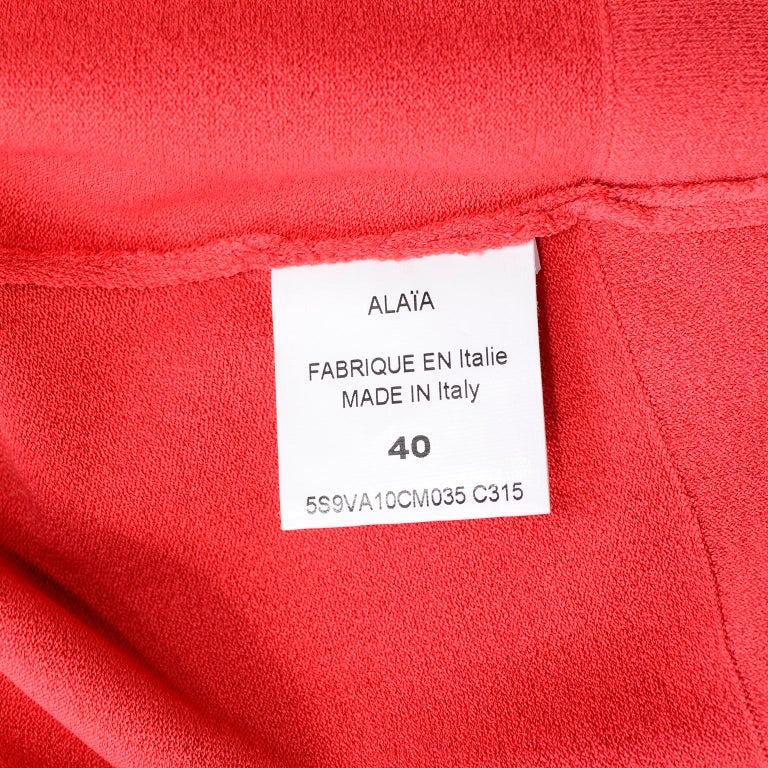 Azzedine Alaia Deep Coral Cropped Crew Neck Sweater w/ 3/4 Length Sleeves For Sale 5
