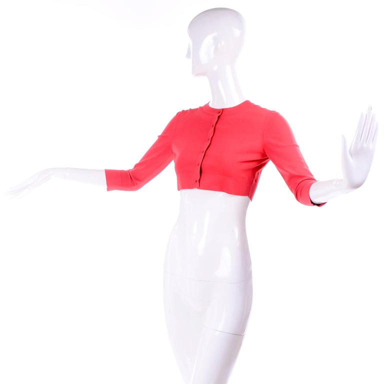 Red Azzedine Alaia Deep Coral Cropped Crew Neck Sweater w/ 3/4 Length Sleeves For Sale