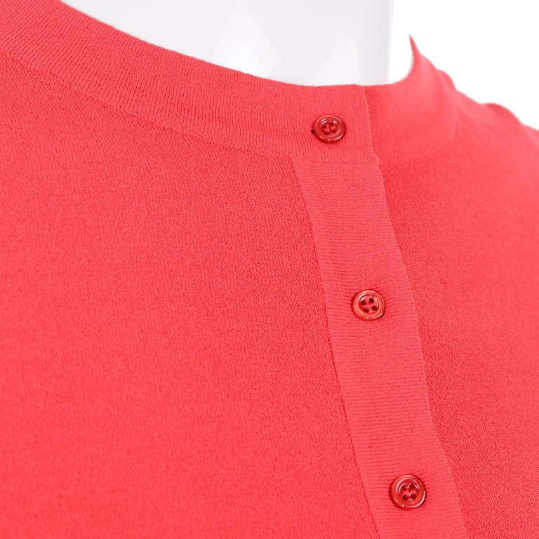 Azzedine Alaia Deep Coral Cropped Crew Neck Sweater w/ 3/4 Length Sleeves For Sale 3