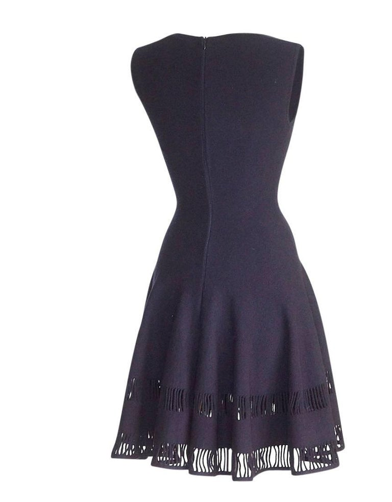 Azzedine Alaia Dress Navy Skater Skirt Laser Cut Hem 38 / 4  nwt Gorgeous For Sale 2