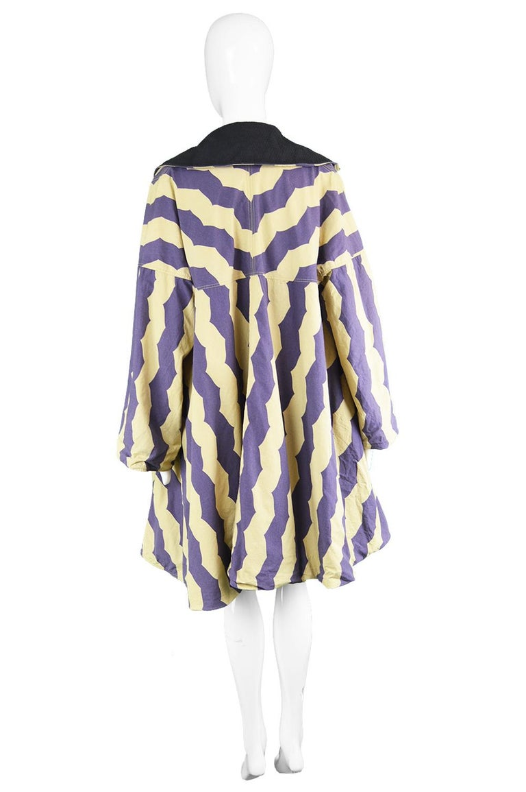 Azzedine Alaia Iconic Spring 1990 Runway Reversible Cotton Vintage Swing Coat For Sale 2