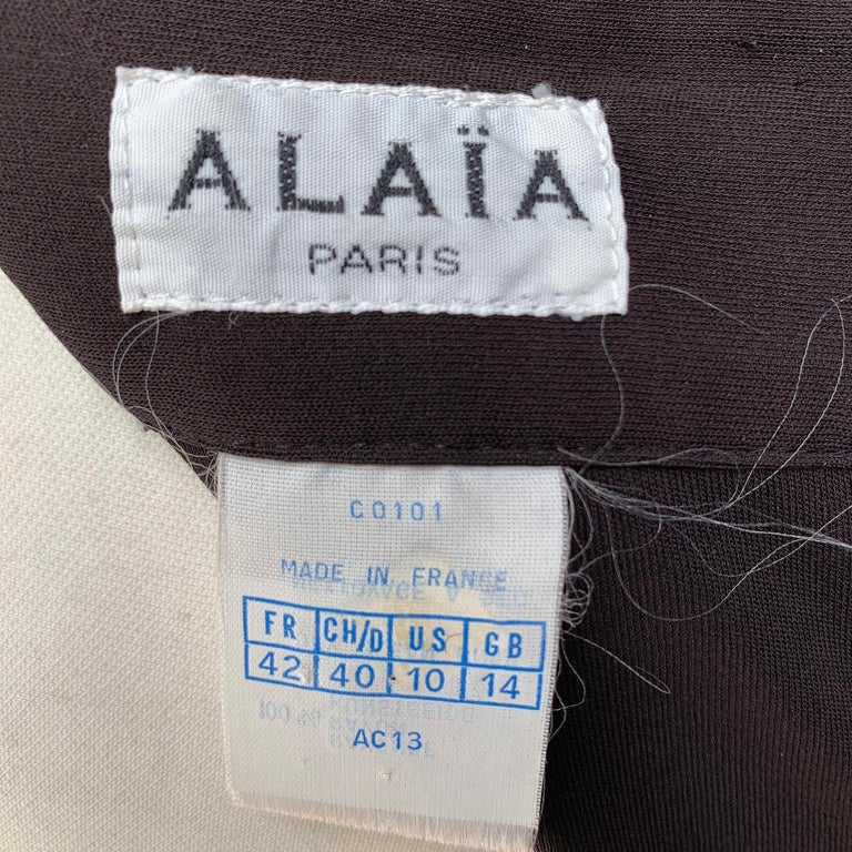 Azzedine Alaia Iconic Vintage 1980s Brown Hooded Backless Dress Size 42 For Sale 4