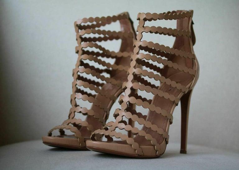 Brown Azzedine Alaïa Laser-Cut Leather Sandals  For Sale