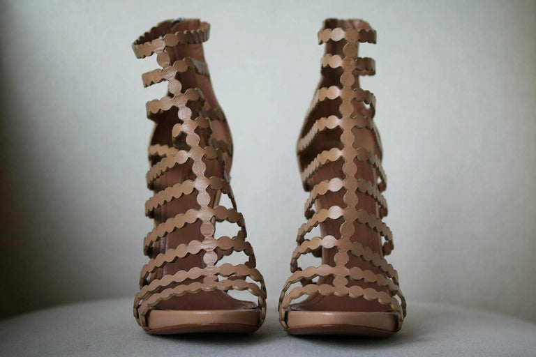 Azzedine Alaïa Laser-Cut Leather Sandals  In New Condition For Sale In London, GB