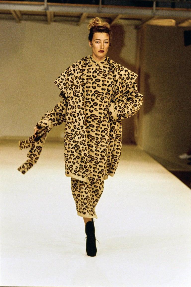 Azzedine Alaia leopard print knit figure hugging sweater dress, fw 1991  For Sale 1