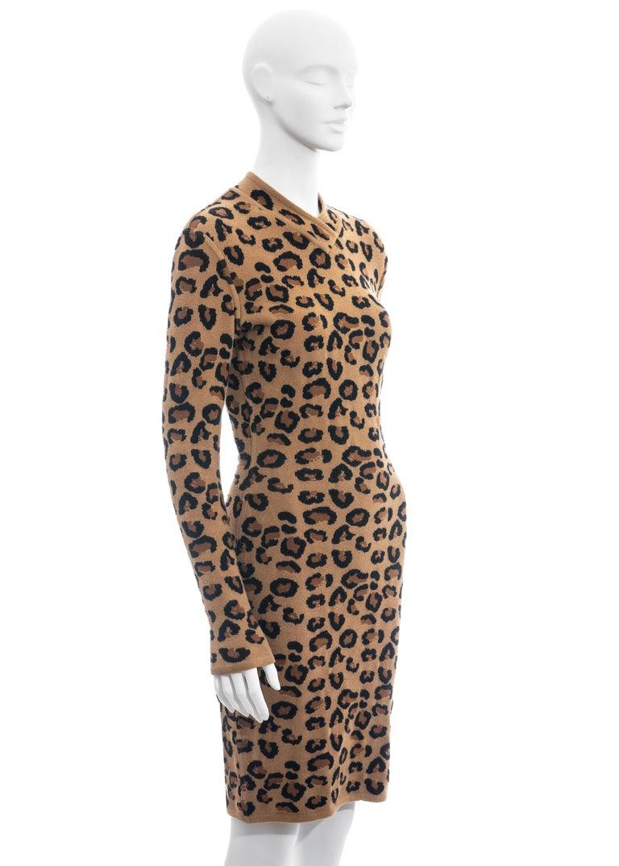 Azzedine Alaia leopard print knit figure hugging sweater dress, fw 1991  For Sale 2