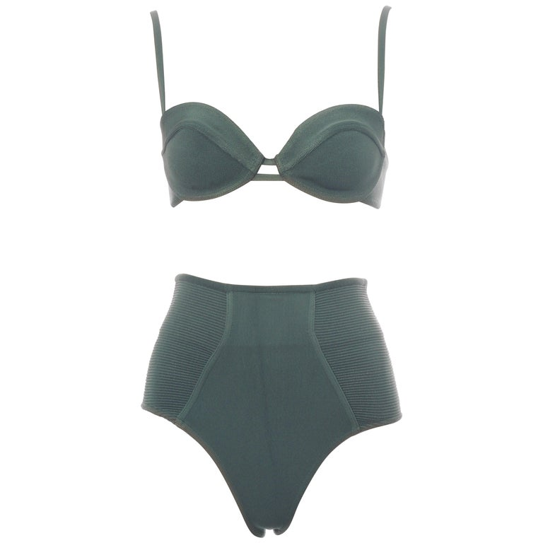 Azzedine Alaia mint green spandex bra and shorts, ss 1990 For Sale