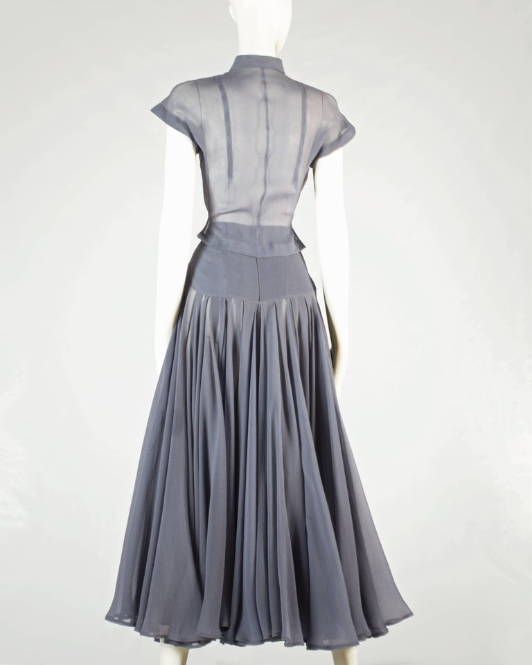 Azzedine Alaia powder blue organza circle skirt and blouse ensemble, ss 1990 In Excellent Condition For Sale In London, GB