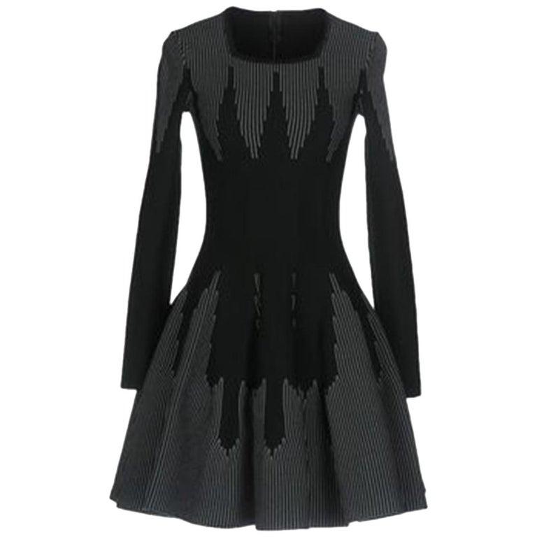 Azzedine Alaïa Stretch-Knit Wool Flare Mini Dress For Sale