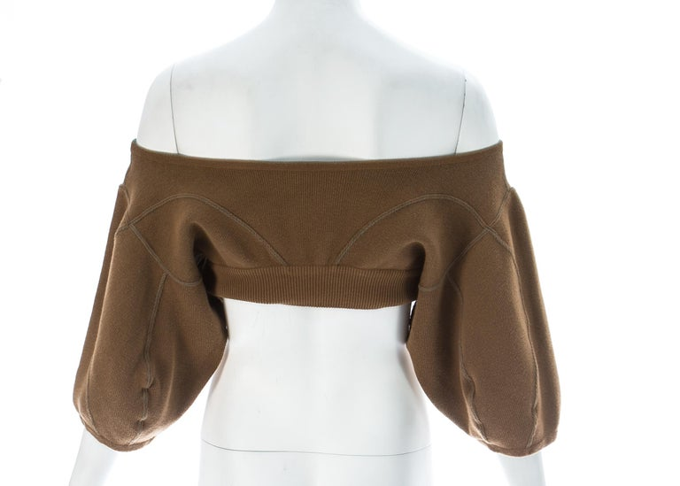 Women's Azzedine Alaia tan knitted cropped off-the-shoulder sweater, c. 1980s For Sale