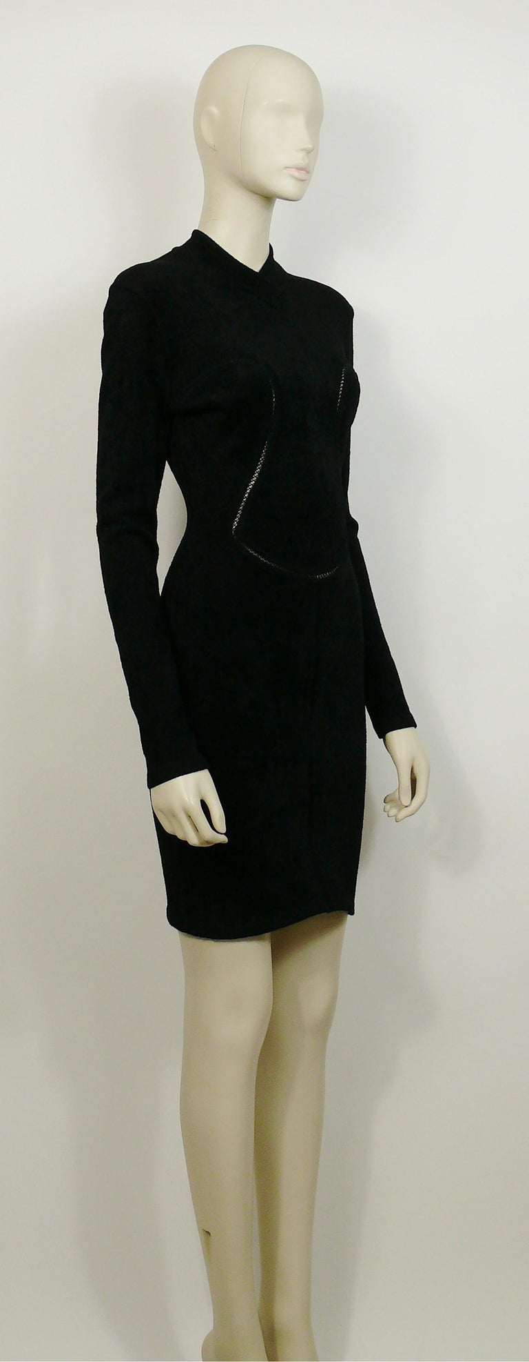 Azzedine Alaia Vintage Bodycon Knit Black Dress with Openwork Details F/W 1991 In Excellent Condition For Sale In Nice, FR