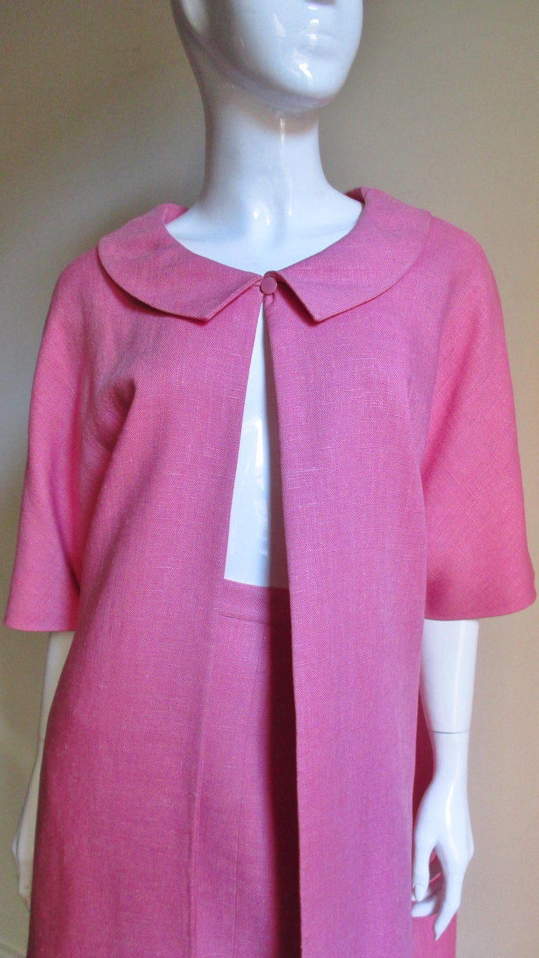 B H Wragge 1960s Linen Coat and Skirt In Good Condition For Sale In New York, NY