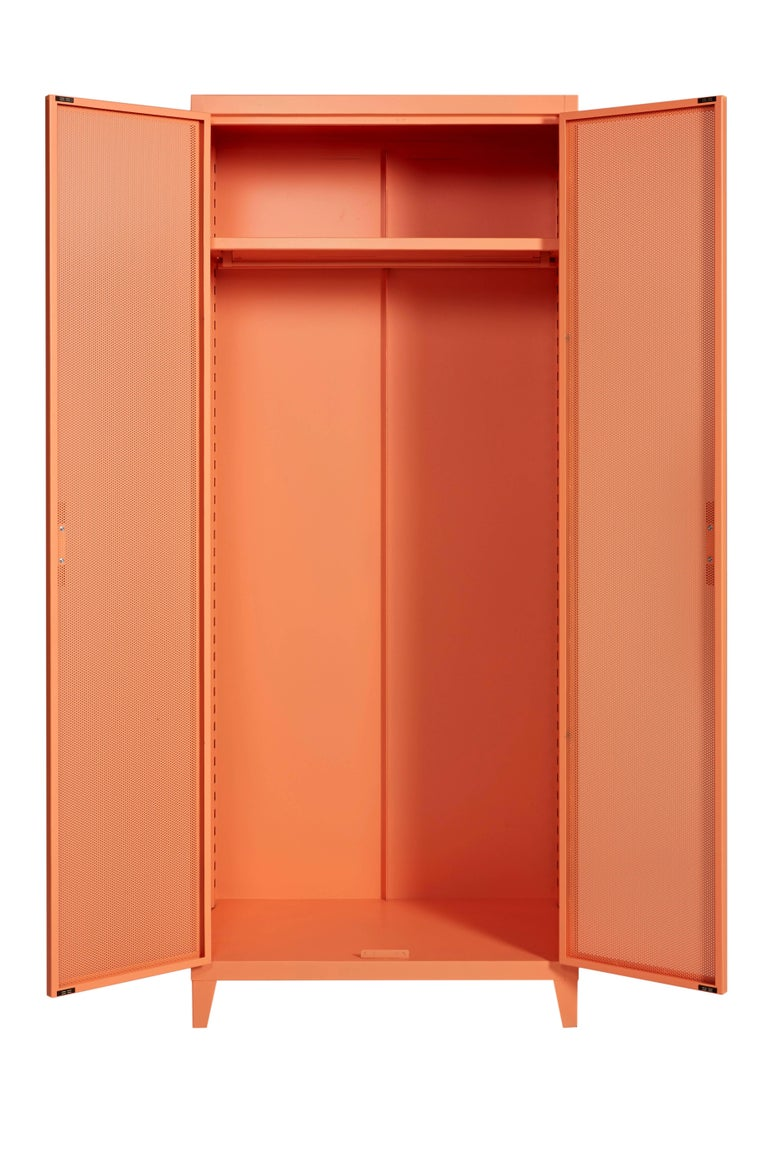 Tolix has renewed its Lockers with Perforated Lockers. These models bring to mind the memory of the industrial world's raw esthetics, while adding modern and refined details. The perforated steel doors subtly hint at the contents placed inside. Raw