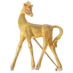 Baby Giraffe Brooch