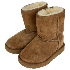 Baby Ugg Short Sheep Skin Boots Size 9