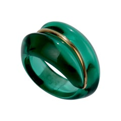 Baccarat Green Coquillage Crystal and 18 Karat Gold Cocktail Ring